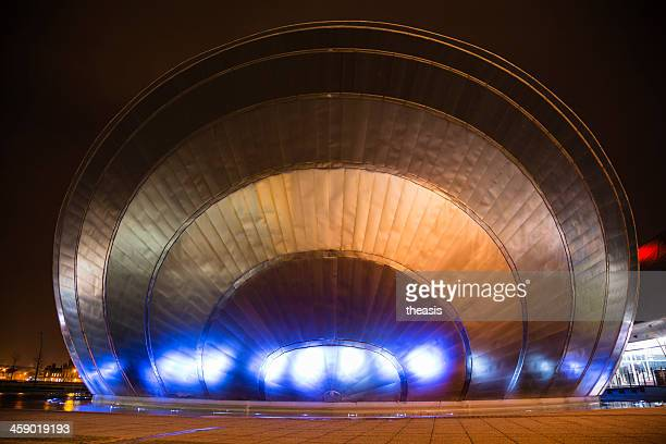 glasgow science centre imax dome - theasis stock pictures, royalty-free photos & images