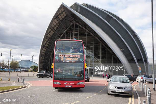 glasgow tour bus at the secc - theasis stock pictures, royalty-free photos & images
