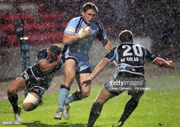 Glasgow Warriors' Colin Gregor and Duncan Weir and Newcastle Falcon's Luke Eves