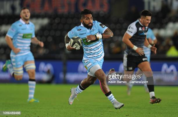Glasgow Warriors' Nikola Matawalu runs in his sides second try during the Guinness Pro14 Round match between Ospreys and Glasgow Warriors at Liberty...