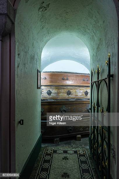 glasnevin cemetery, dublin, ireland - crypt stock photos and pictures