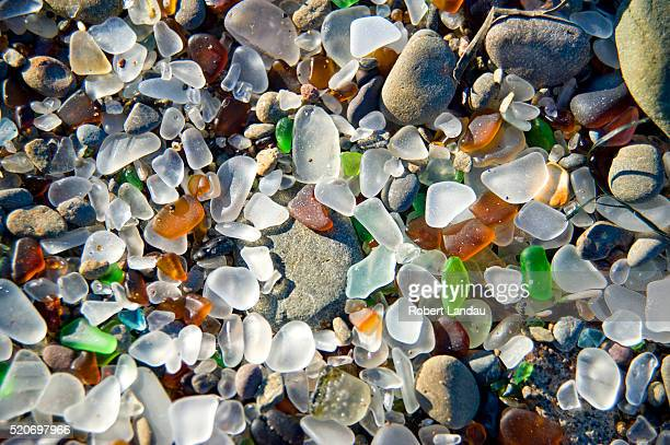 glass beach in fort bragg, california - fort bragg stock pictures, royalty-free photos & images