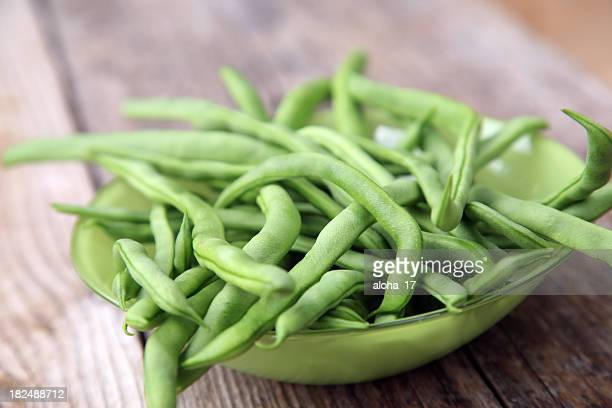 Glass bowl with green beans