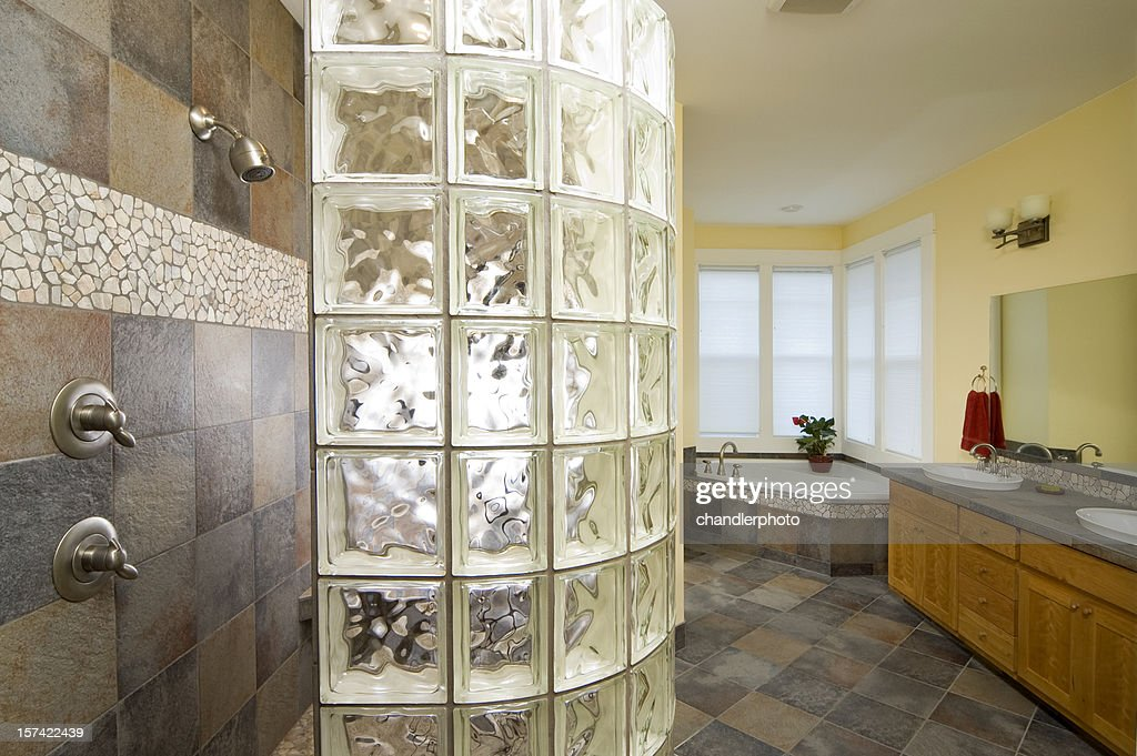 ガラス煉瓦シャワー
