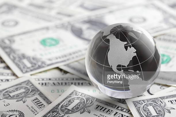 Verre globe et de l'argent