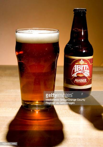 A glass of Abita Amber is a good paring with burgers INFORMATION burgerlibations0522 Ð 5/15/13 Ð LEONARD ORTIZ ORANGE COUNTY REGISTER Beers that go...