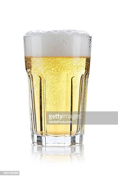 ガラスのビール