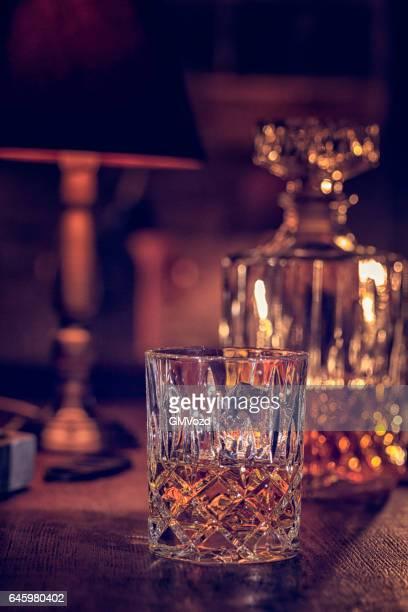 Glas Whiskey mit Eis