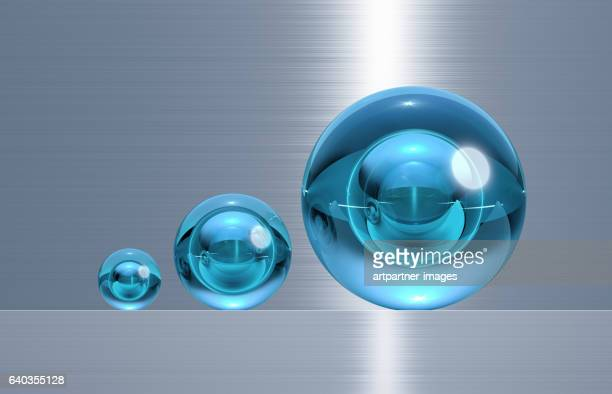 glass spheres in three different sizes
