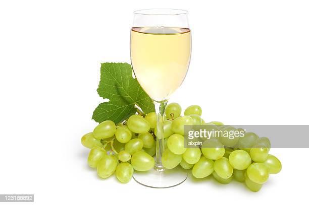 copo de vinho e cluster de uva - chardonnay grape - fotografias e filmes do acervo