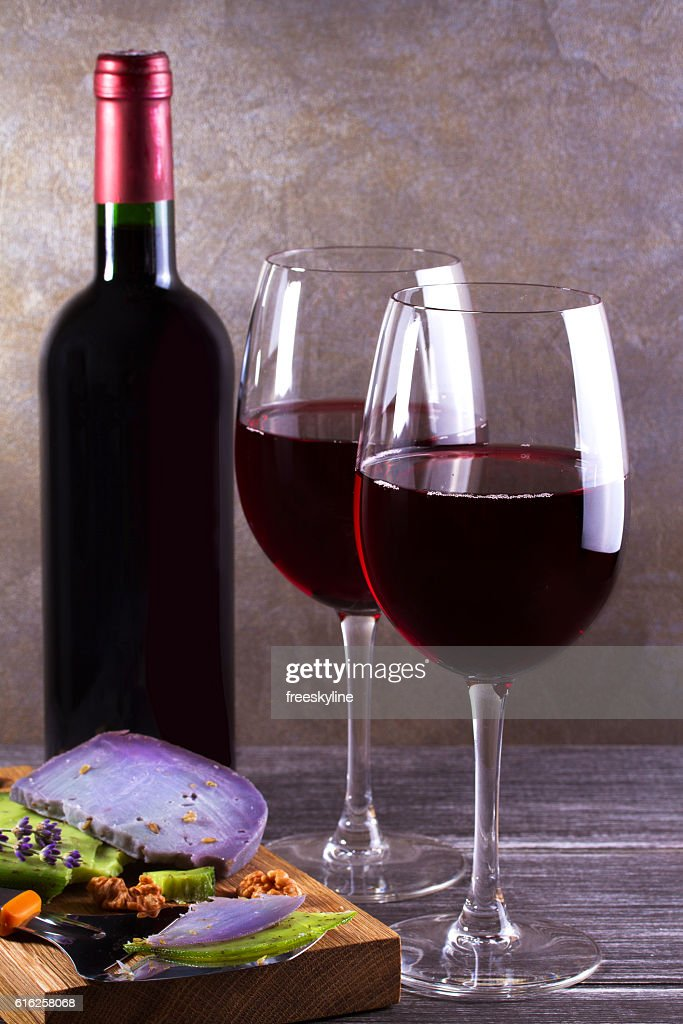 Glasses and bottle of wine. Wine and food still life : Stock Photo