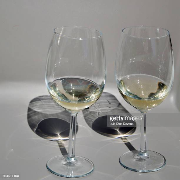 glasses of wine - refresco stock photos and pictures
