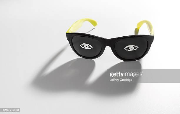 Glasses With Eye Icons