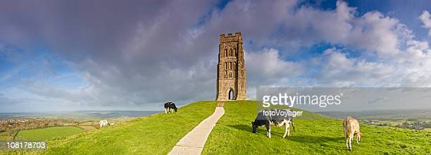 glastonbury tor - glastonbury england stock pictures, royalty-free photos & images