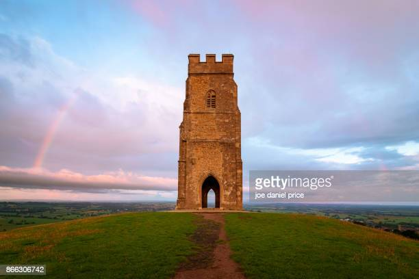 glastonbury tor, glastonbury, somerset, england - glastonbury stock pictures, royalty-free photos & images