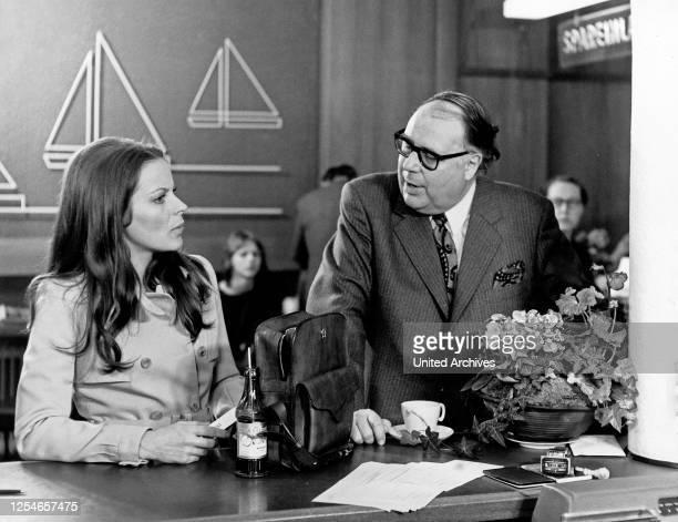 Glückspilze, Fernsehfilm, Deutschland 1971, Regie: Thomas Engel, Darsteller: Loni von Friedl, Heinz Erhardt.