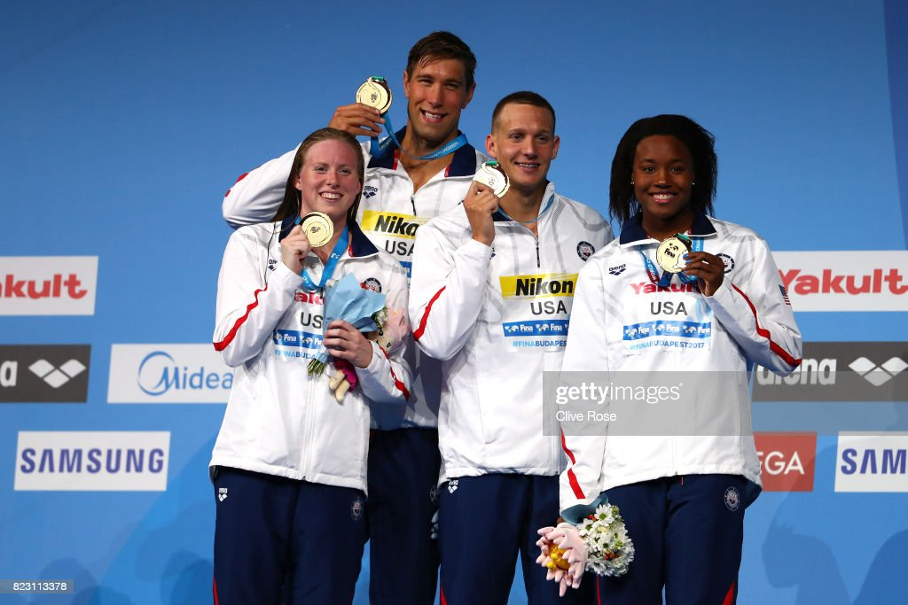 Gld medalists The United states pose with the medals won during the Mixed 4x100m Medley Relay final on day thirteen of the Budapest 2017 FINA World Championships on July 26, 2017 in Budapest, Hungary.