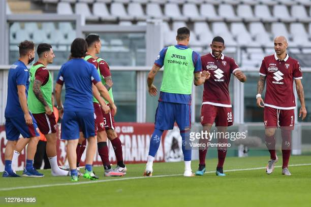 Gleison Bremer of Torino FC celebrates the opening goal with team mate Antonio Rosati during the Serie A match between Torino FC and Genoa CFC at...