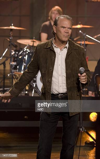 LENO Glen Campbell Air Date Episode 3625 Pictured Musical guest Glen Campbell performs on September 23 2008 Photo by Paul Drinkwater/NBCU Photo Bank