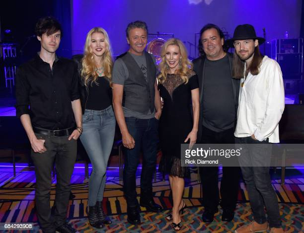 Glen Campbell's Daughter and Sons Recording Artists Shannon Campbell Ashley Campbell and Cal Campbell Glen's Wife Kim Campbell Singer/Songwriter Mark...