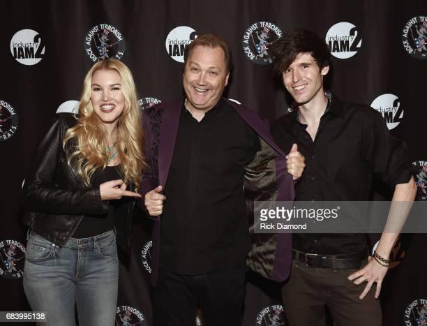 Glen Campbell's daughter Singer/Songwriter Ashley Campbell Singer/Songwriter Steve Wariner Glen Campbell's Son Singer/Songwriter Shannon Campbell...