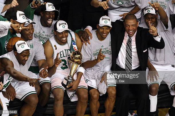 Glen Davis Kevin Garnett Paul Pierce Ray Allen and head coach Doc Rivers of the Boston Celtics celebrate after defeating the Los Angeles Lakers in...