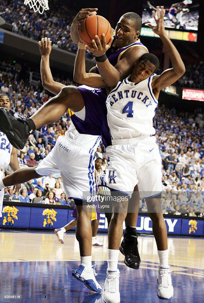 LSU Tigers v Kentucky Wildcats : News Photo