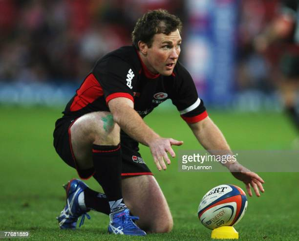 Glen Jackson of Saracens prepares to take a conversion during the EDF Energy Cup match between Saracens and Bristol at Vicarage Road on November 4...