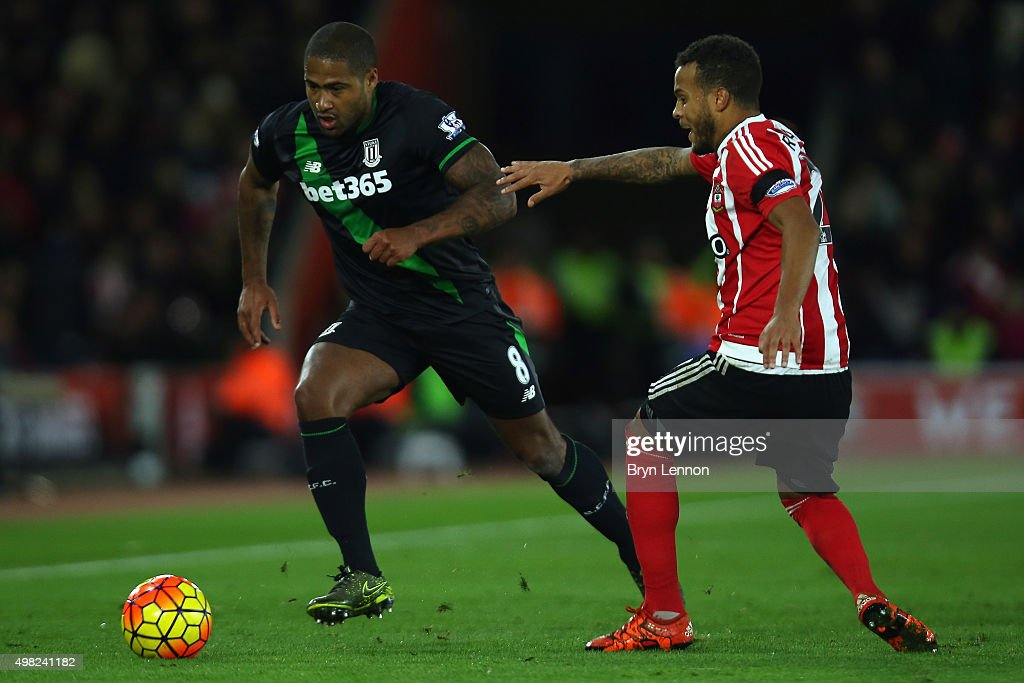 Glen Johnson of Stoke City is challenged by Ryan Bertrand of Southampton during the Barclays Premier League match between Southampton and Stoke City at St Mary's Stadium on November 21, 2015 in Southampton, England.