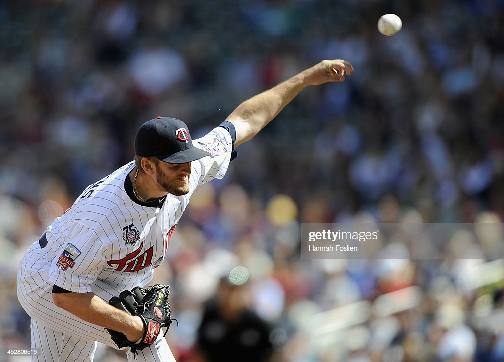 Glen Perkins #15 of the Minnesota Twins delivers a pitch against the Chicago White Sox during the ninth inning of the game on July 27, 2014 at Target Field in Minneapolis, Minnesota. The Twins defeated the White Sox 4-3.