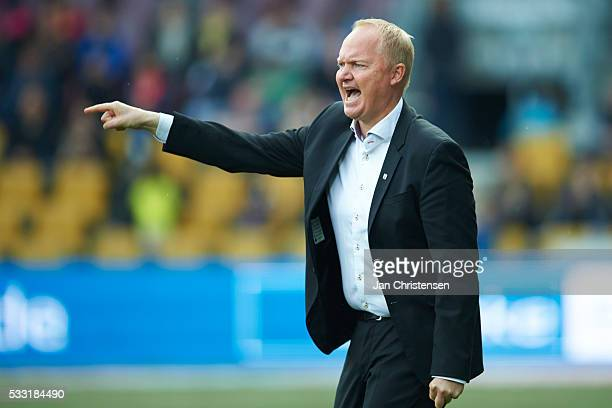 Glen Riddersholm head coach of AGF Arhus gives instructions during the Danish Alka Superliga match between FC Nordsjalland and AGF Arhus at Right to...