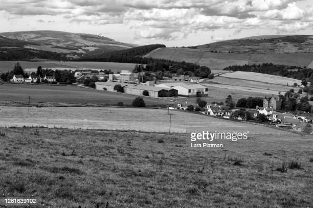 glenlivet distillery -distilleries of scotland - lara platman stock pictures, royalty-free photos & images