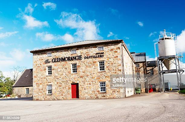 glenmorangie distillery, scotland. - distillery stock pictures, royalty-free photos & images