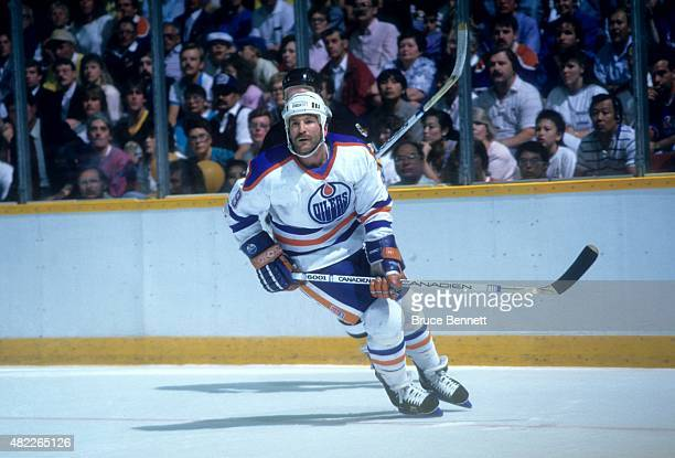 Glenn Anderson of the Edmonton Oilers skates on the ice during a 1988 Stanley Cup Finals game against the Boston Bruins in May 1988 at the Northlands...