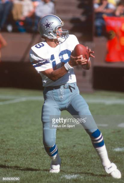 Glenn Carano of the Dallas Cowboys drops back to pass against the San Francisco 49ers during an NFL football game October 11 1981 at Candlestick Park...