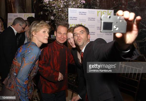 Glenn Close Peter Sellars Julianne Moore and Paul Thomas Anderson