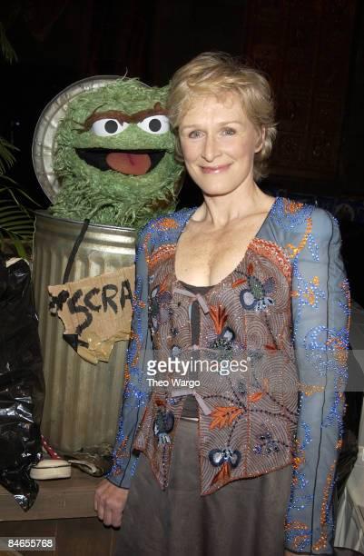Glenn Close with Sesame Street's Oscar the Grouch