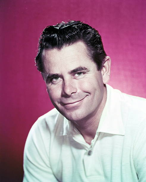 glenn-ford-canadian-actor-wearing-a-whit