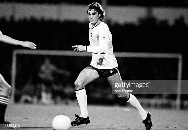 789 Glenn Hoddle Tottenham Photos And Premium High Res Pictures Getty Images