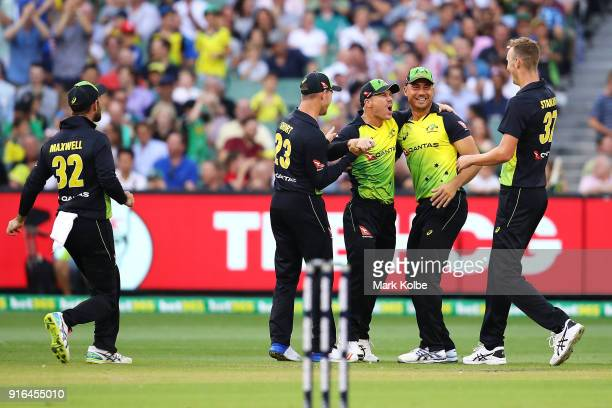 Glenn Maxwell D'Arcy Short David Warner Marcus Stoinis and Billy Stanlake of Australia celebrate Warner running out Dawid Malan of England during...
