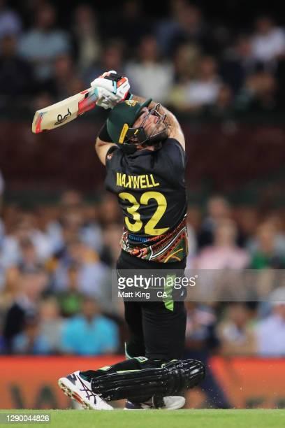 Glenn Maxwell of Australia bats during game three of the Twenty20 International series between Australia and India at Sydney Cricket Ground on...