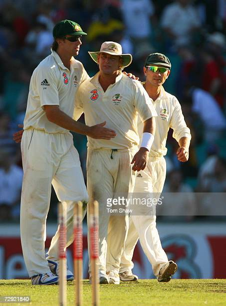 Glenn McGrath Shane Warne and Justin Langer of Australia leave the field during day three of the fifth Ashes Test Match between Australia and England...