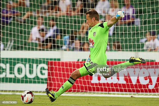Glenn Moss of the Phoenix kicks th eball out from goal during the round nine ALeague match between Perth Glory and the Wellington Phoenix at nib...