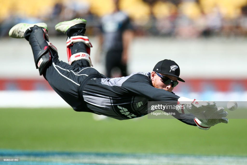 New Zealand v Pakistan: 1st T20