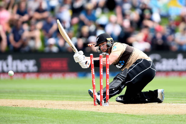 NZL: New Zealand v Australia - T20 Game 2