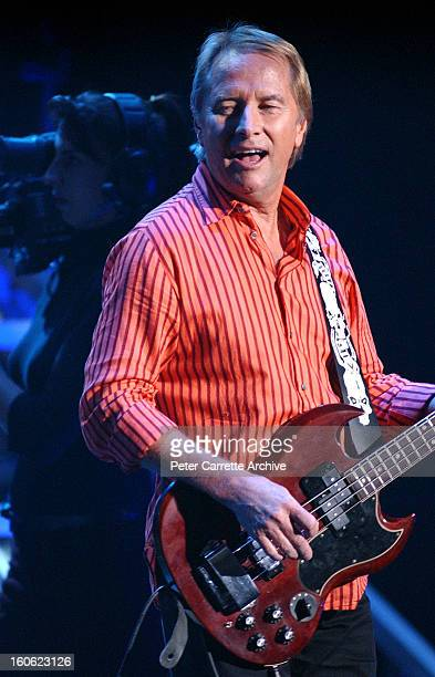 Glenn Wheatley from Masters Apprentices performs live on stage during the 'Long Way To The Top' concert tour at the Sydney Entertainment Centre on...