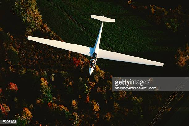 glider viewed from above - glider - fotografias e filmes do acervo