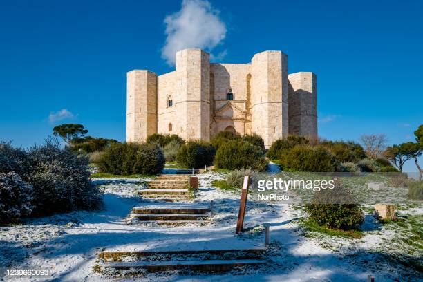 Glimpse of the Castel del Monte covered in snow from the snowfall of the night on January 18, 2021. The cold wave continues in Puglia, another night...