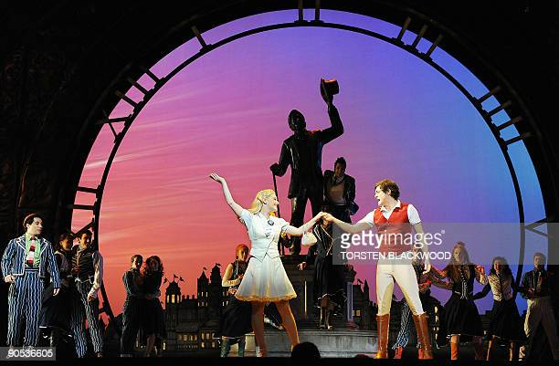 Glinda played by Lucy Durack and Fiyero played by Rob Mills perform in the highly acclaimed Broadway musical 'Wicked' during the preview in Sydney on...
