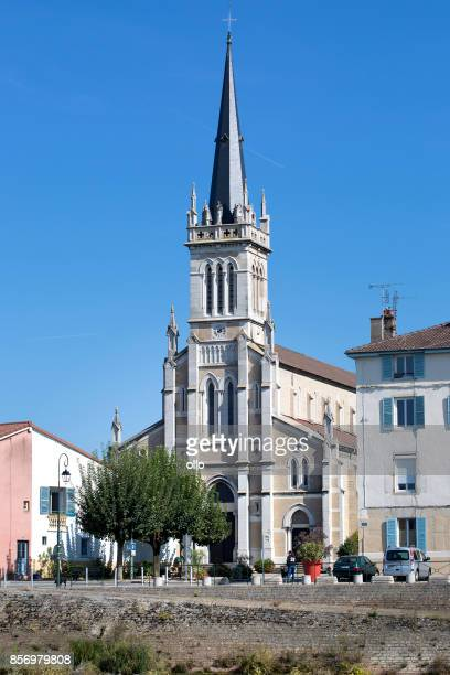 Église de Saint-Laurent, Saint-Laurent-Sur-Saône